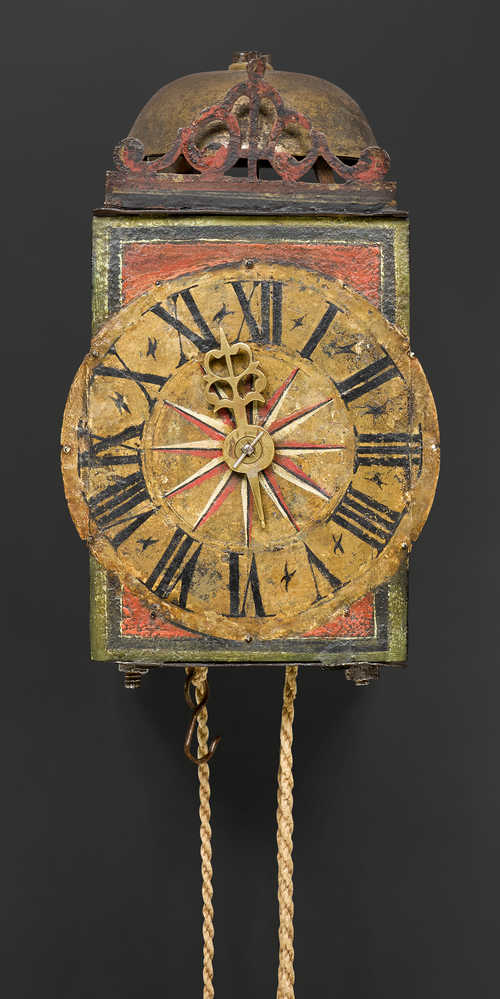 ONE-HAND IRON CLOCK WITH BALANCE WHEEL,