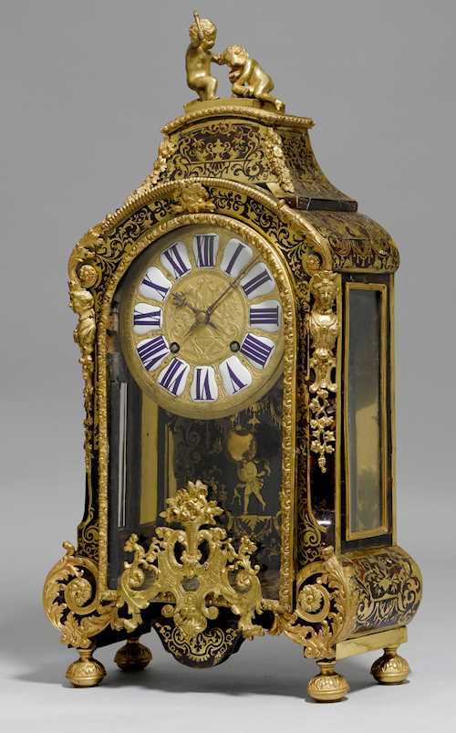 MANTEL CLOCK WITH BOULLE MARQUETRY