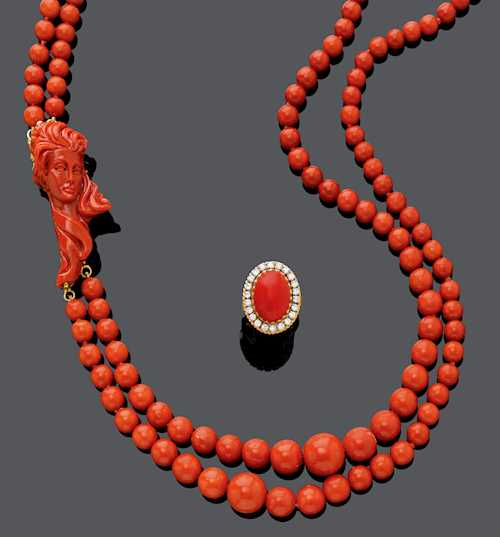 CORAL SAUTOIR WITH CORAL AND DIAMOND RING, ca. 1970.