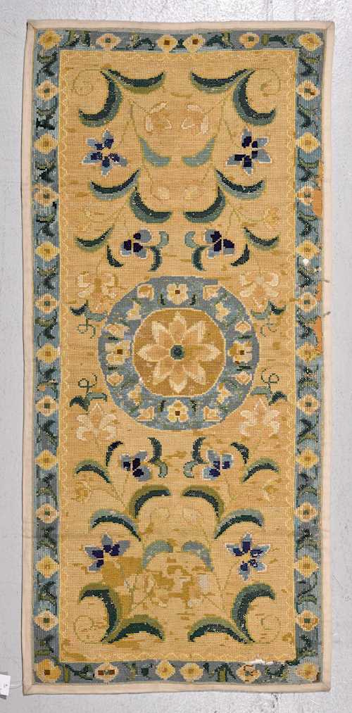 EUROPEAN CARPET antique.