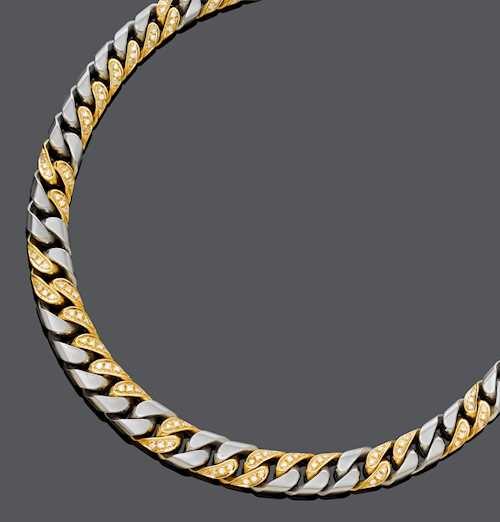 DIAMOND AND GOLD NECKLACE, ca. 1990.