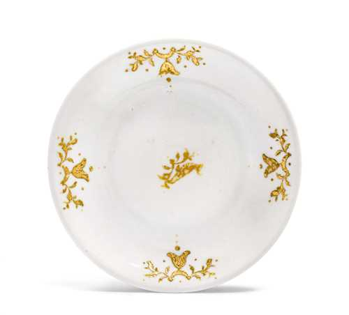 """BÖTTGER"" PORCELAIN SAUCER WITH GOLD DECORATION IN RELIEF"