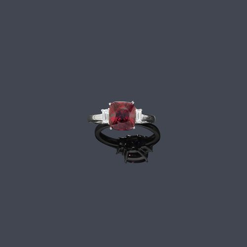 SPINELL-DIAMANT-RING.