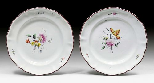 PAIR OF FAIENCE PLATES WITH FLORAL PAINTING,Switzerland, mid-18th century D 24 cm. (2)