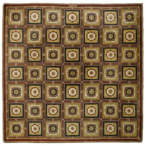 AGRA old. Central field divided into squares, patterned with floral medallions, 356x356 cm.