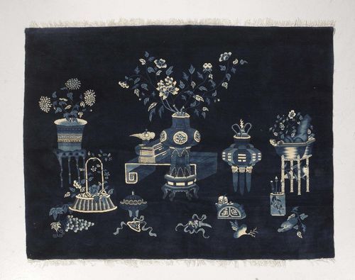 CHINA antique.Blue ground, patterned throughout with vases and flowers, 175x230 cm.